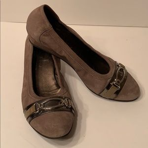 AGL Brown Shimmer Suede Wedge w/ metallic finish